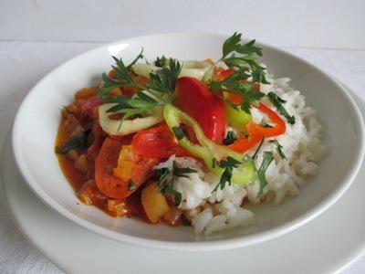 Lecsó kolbásszal és rizzsel