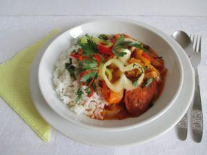 Kolbászos lecsó rizzsel