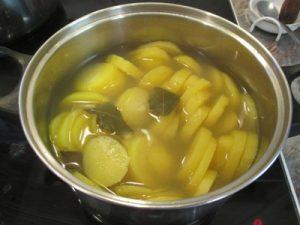 Krumpli főzelék - krumpli főzése