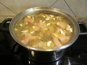 Kocsonya főzés fűszerekkel