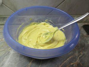 Majonézes krumpli - majonéz előkészítés