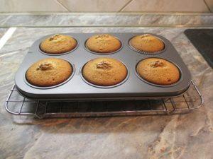 Mézes-diós muffin - megsülve