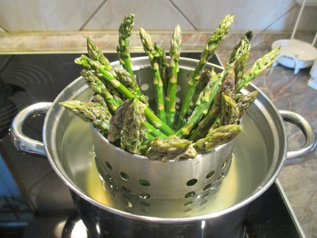 Zöld spárga főzése