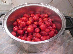 Mosott, tisztított eper