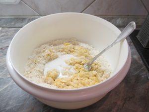 Összegyúrás tejjel