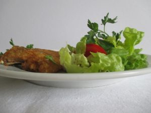 Sült hal salátával