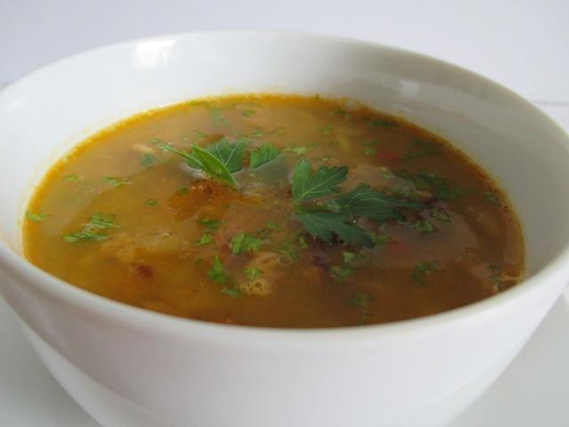 Vöröslencse leves tálalva 2