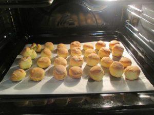 Fánkok sütése