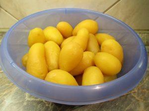 Tisztított főtt krumpli