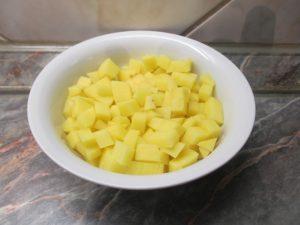 Krumpli feldarabolva
