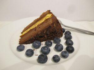 Tortaszelet áfonyával