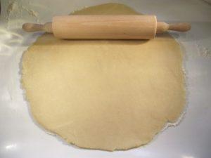 Linzer tészta nyújtása 4
