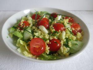 Saláta kölessel