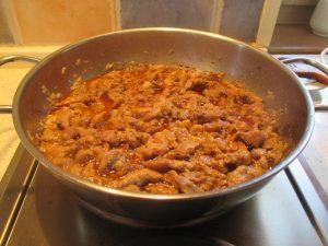 Párolt hús pirospaprikával
