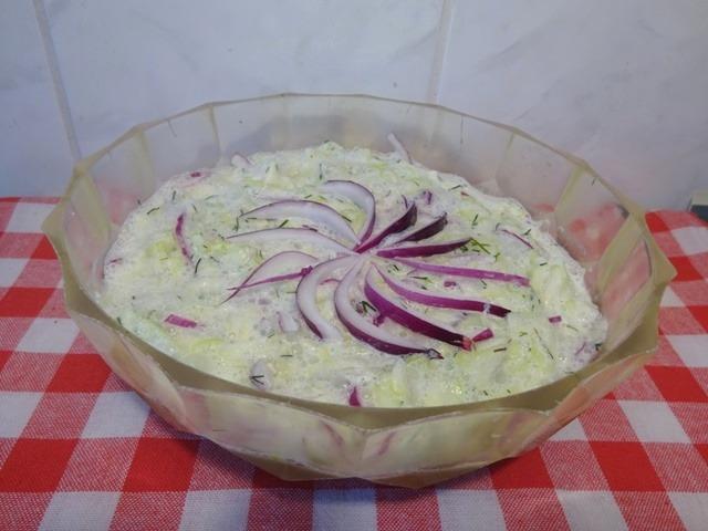 Cukkini saláta tálalva 2