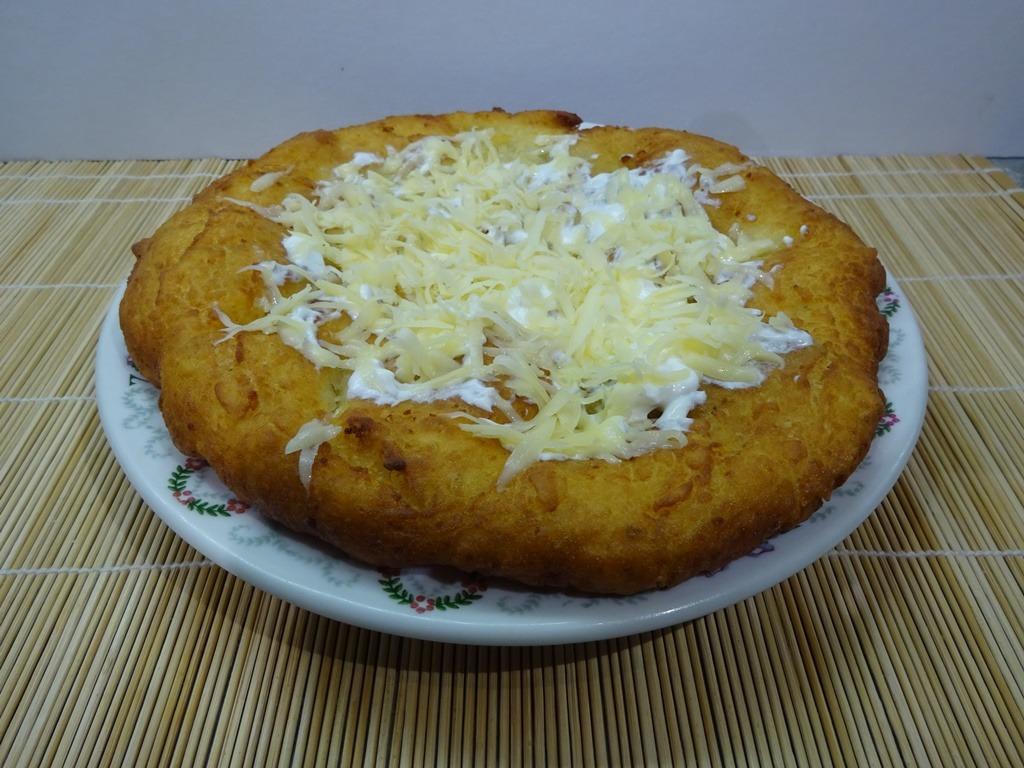 Krumplis lángos tálalva 1