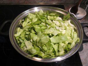 Saláta hozzáadása
