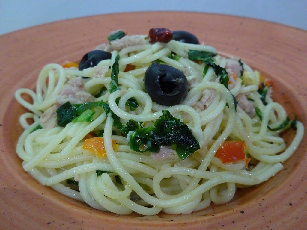 Tonhalas spagetti tálalva 2