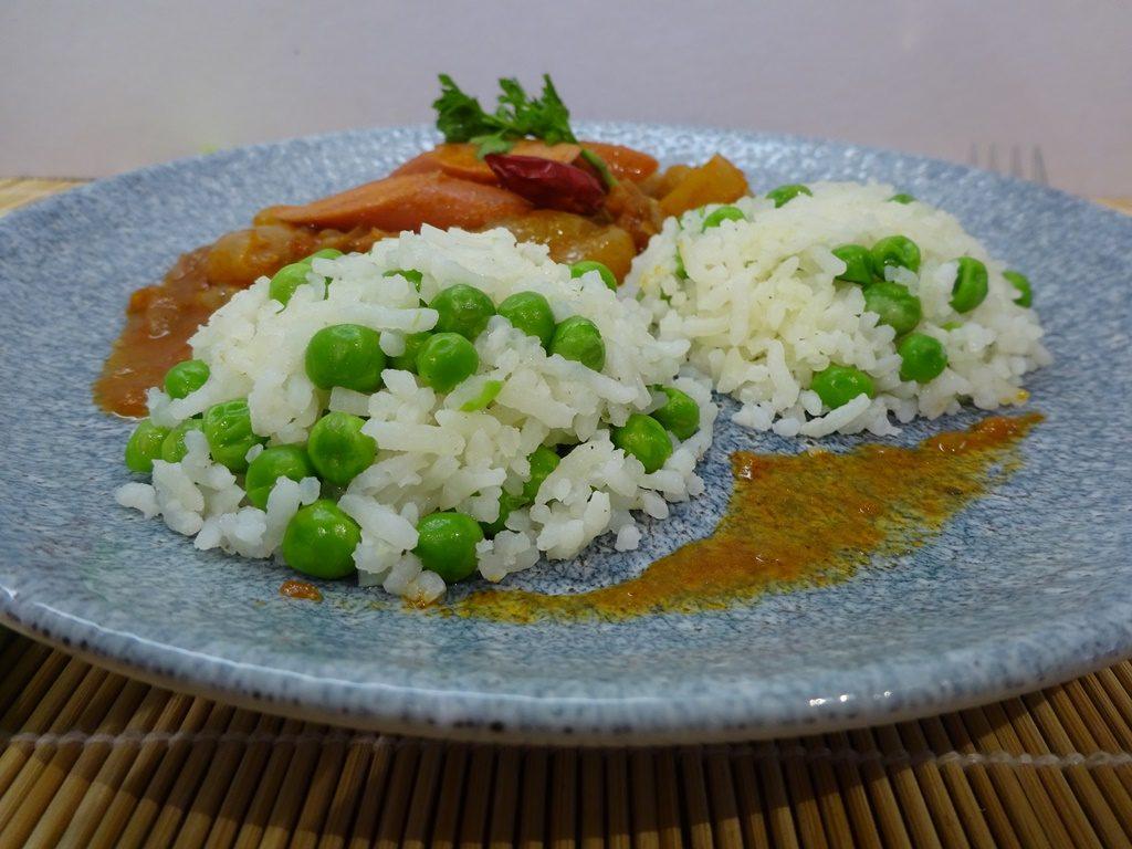 Zöldborsós rizs tálalva 3