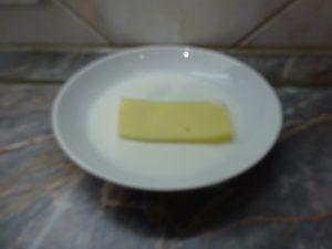 Sajt bemártása tejbe