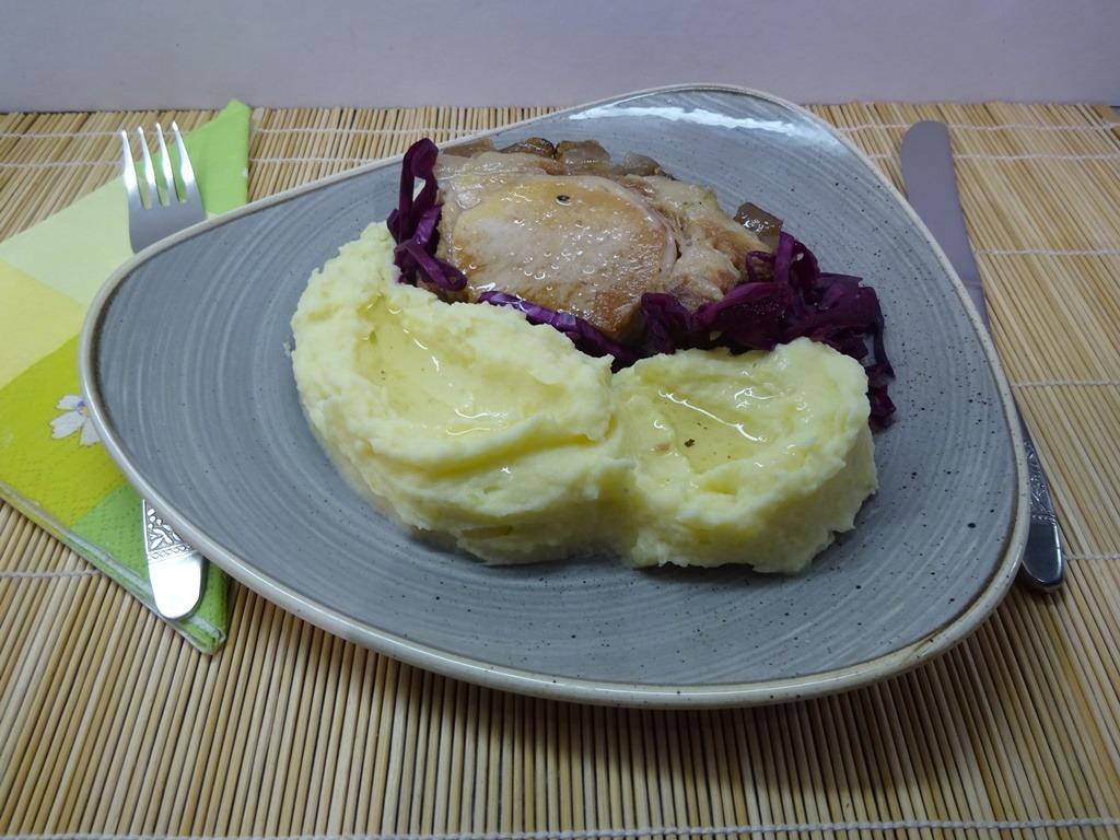 Zelleres krumplipüré tálalva 1