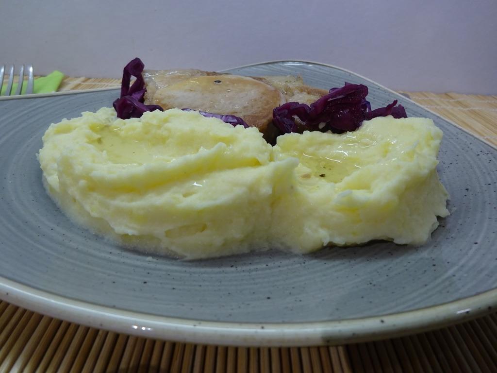 Zelleres krumplipüré tálalva 2