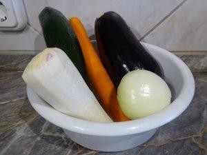 Zöldségek megtisztítva