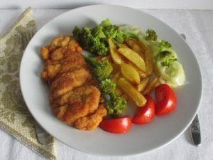 Ételek csirkéből: rántott csirkecomb