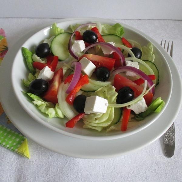 Fejes saláta receptek – 8 változatban