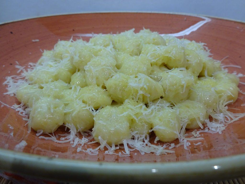 Gnocchi tálalva 2