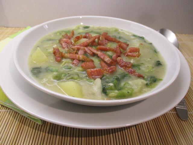 Saláta főzelék tálalva 2