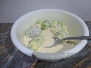 Brokkoli panírozása sörtésztában