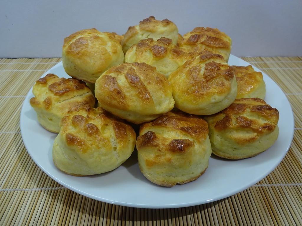 Krumplis pogácsa tálalva 1