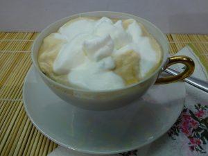 Tejszínhab kávéhoz