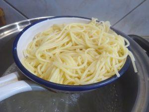 Spagetti kiszedve