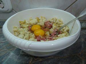 Zsemle, tojás hozzáadása
